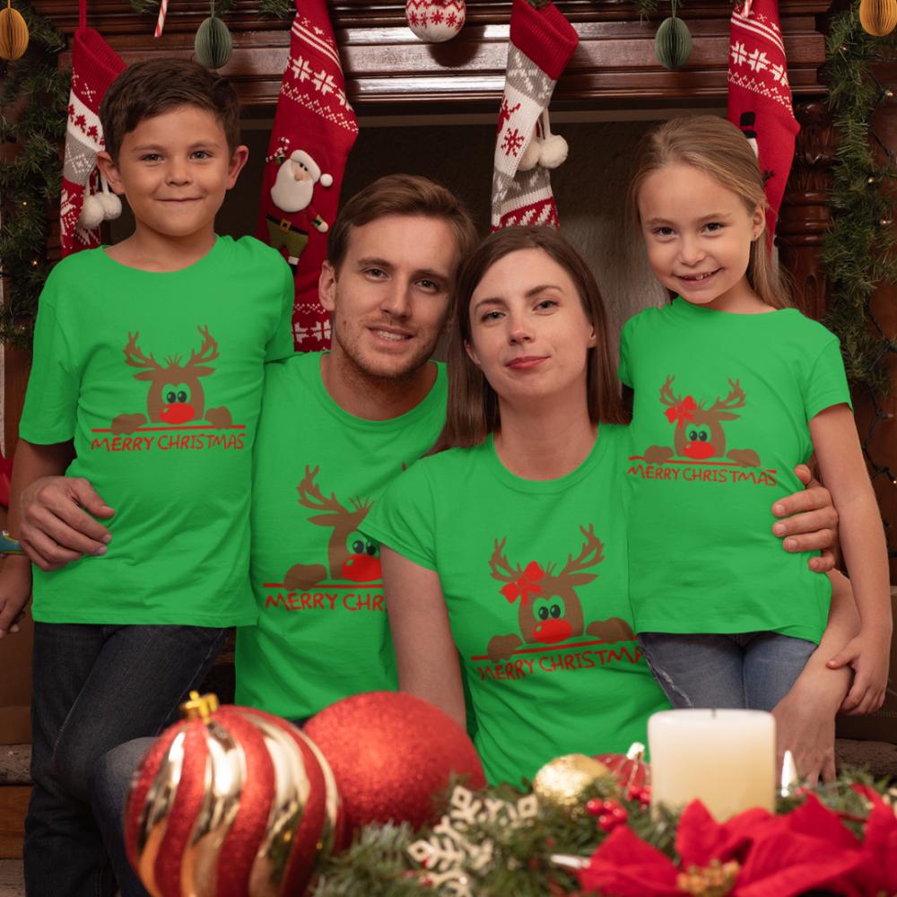 Set pentru familie pe verde Merry Christmas Hiding Deer