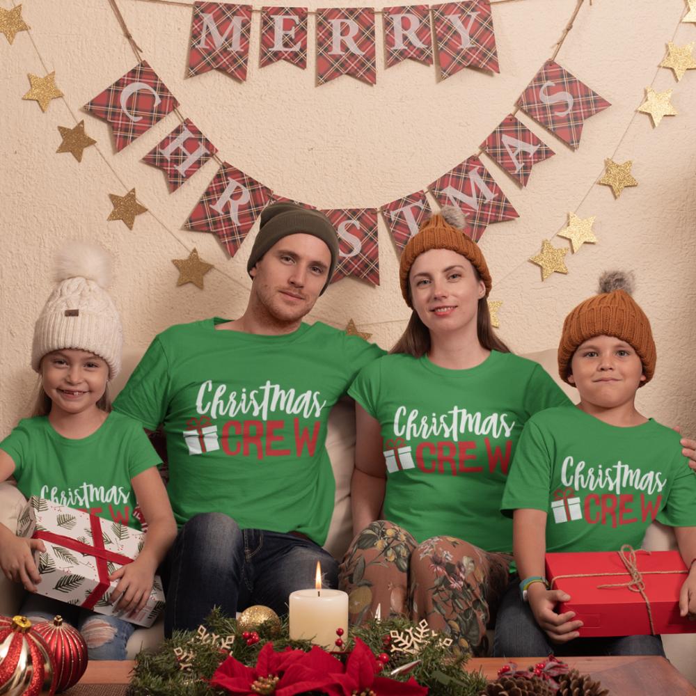 Set tricouri familie de Craciun Christmas Present