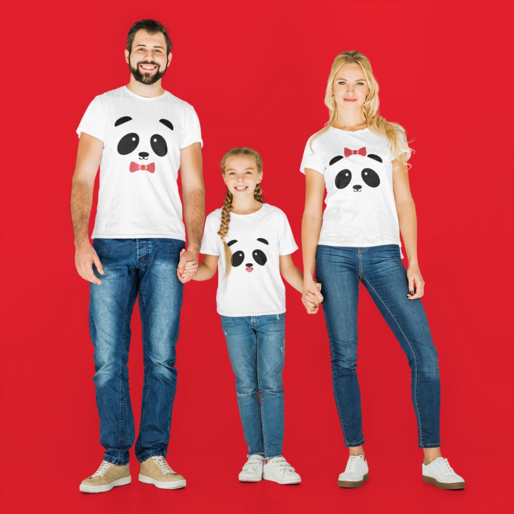 Set tricouri familie pe alb Panda